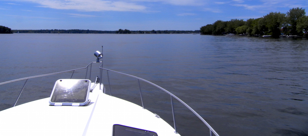 Cruising Sodus Bay