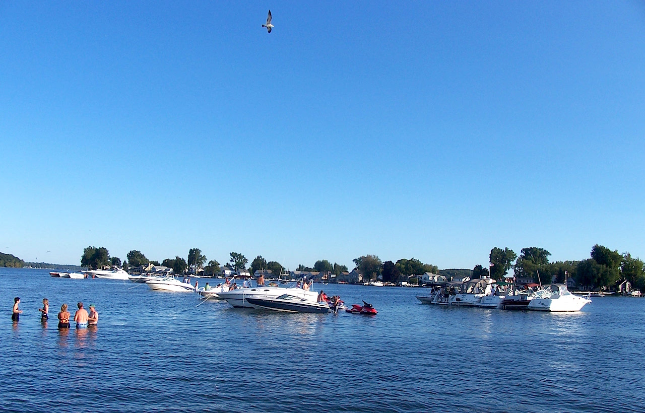 summer-on-sodus-bay